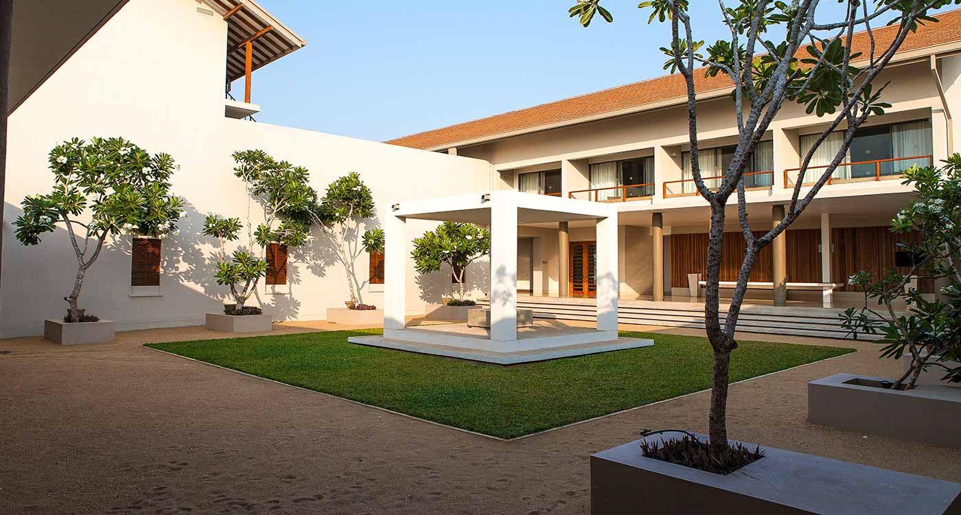 Courtyard at Amaya Beach Resort in Pasikuda