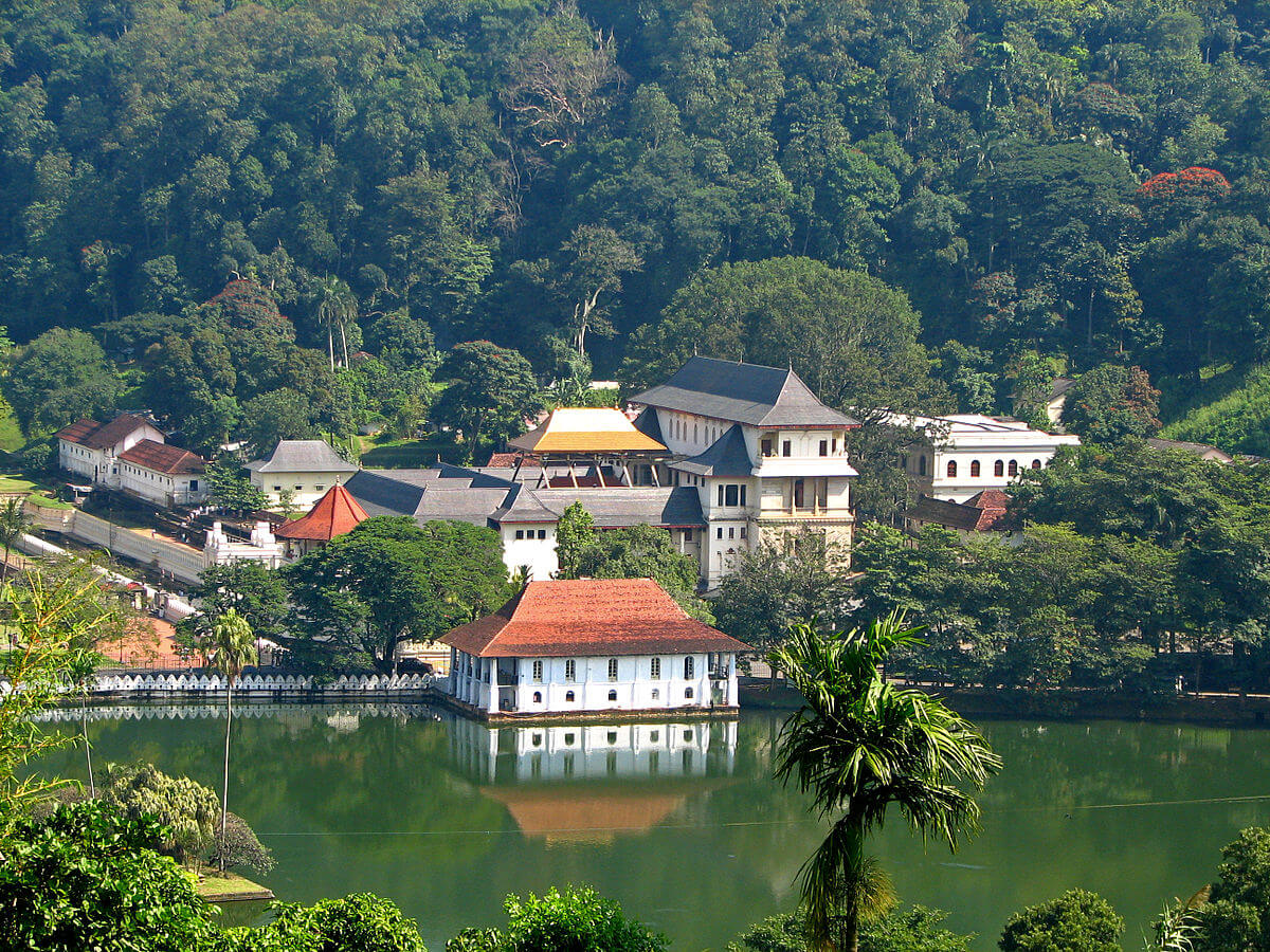 Arthurs Seat - Kandy Viewpoint - Hotels in Kandy
